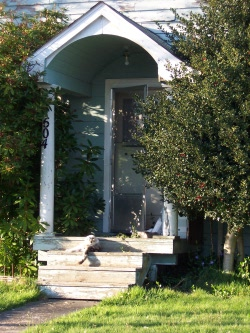 1604_frontporch
